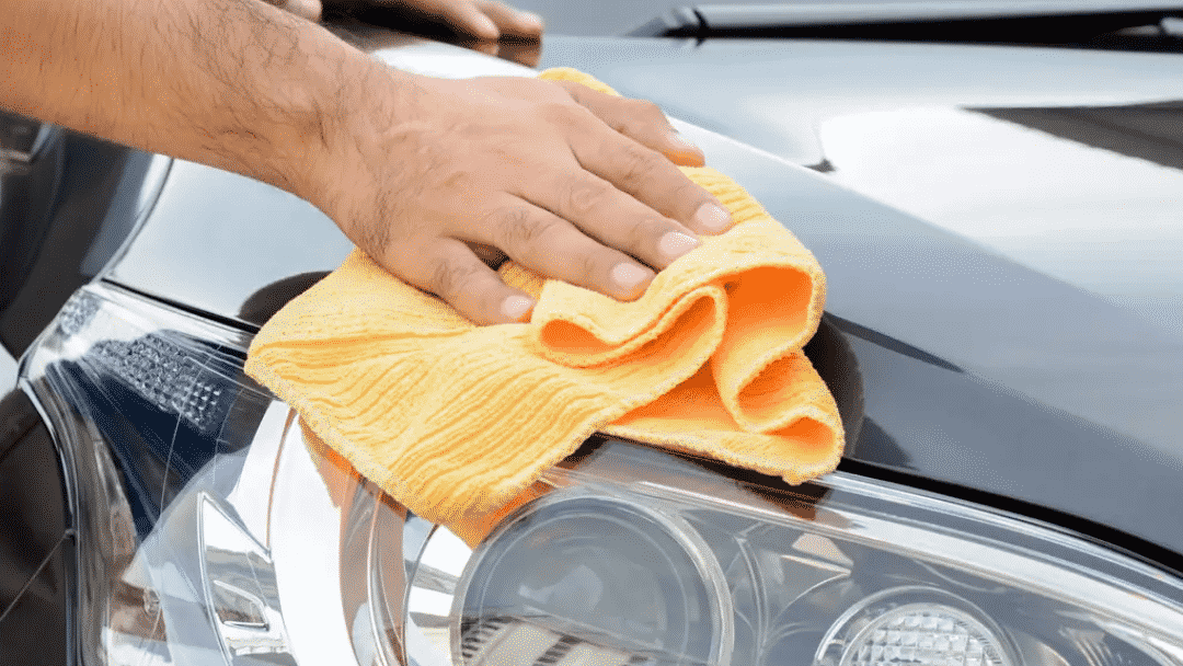 12 Products You Should Keep in Your Vehicle